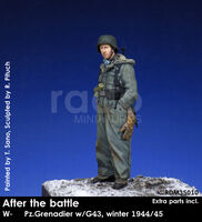 After the battle, W-SS Panzergrenadier w/G43, winter 1944/45