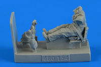 Soviet Woman Pilot WWII with seat for Po-2 Figurines ICM - Image 1