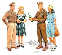 Europe 1945 - 2 GI Joes with females - Image 1
